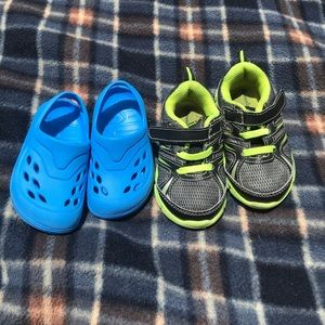 2 boy shoes
